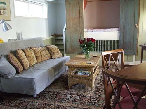 Overnacht in noord holland in onze appartementen - Binnen houten huis ...